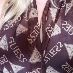 ☆GUESS Authentic New Scarf☆ Great Gift!♥